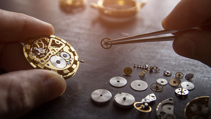 Clock Repair Business Image