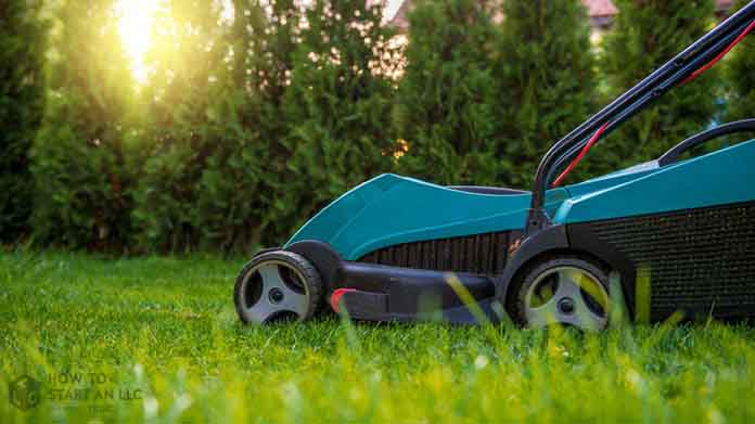 The Purchasing Guide for Starting a Lawn Care Business Purchasing Image